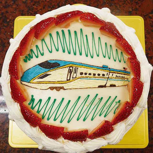 天使の林檎のケーキ 絵のデコレーション